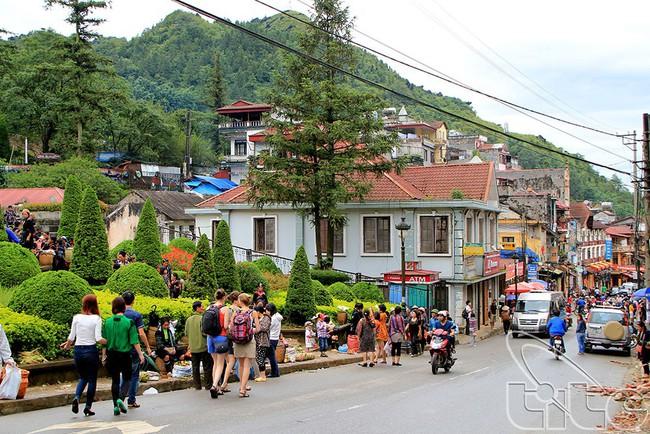 Lào Cai: Tăng cường công tác quản lý về hoạt động du lịch trong dịp Lễ, Tết năm 2019 - Ảnh 1.