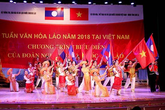 Đặc sắc Chương trình biểu diễn nghệ thuật của Đoàn nghệ thuật Quốc gia Lào - Ảnh 1.