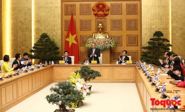 Thủ tướng Nguyễn Xuân Phúc: Đội tuyển Việt Nam là gam màu rất sáng đối với niềm tin của nhân dân trong phát triển thể thao của đất nước - Ảnh 2.