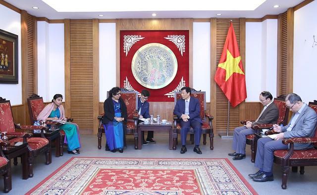 Bộ trưởng Nguyễn Ngọc Thiện tiếp Đại sứ Sri Lanka - Ảnh 2.
