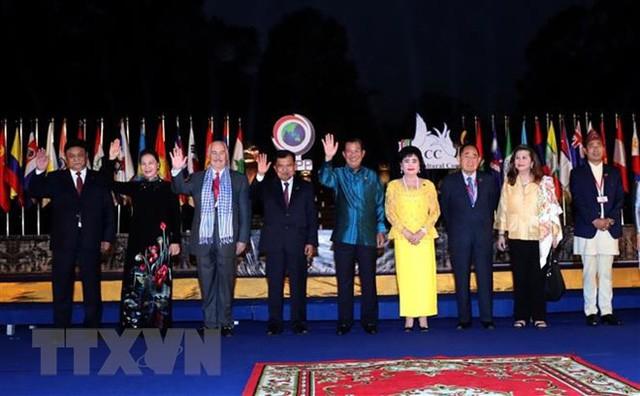 Hội đồng Văn hóa châu Á chính thức ra mắt tại Campuchia - Ảnh 1.