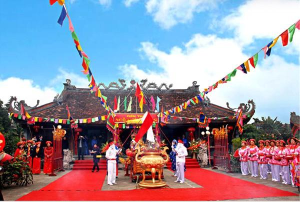 Bộ VHTTDL thỏa thuận việc tu bổ, phục hồi di tích đền Ngô Miễn, Vĩnh Phúc - Ảnh 1.