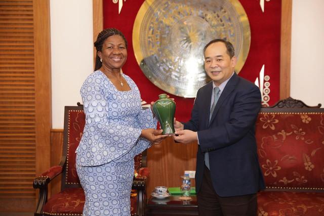 Thứ trưởng Lê Khánh Hải tiếp Đại sứ nước Cộng hòa Gana tại Malaysia kiêm nhiệm Việt Nam - Ảnh 2.