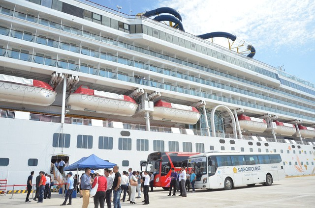Thủ tướng phê duyệt Đề án kiểm soát chất lượng dịch vụ vận tải và bảo đảm an toàn giao thông cho khách du lịch - Ảnh 1.
