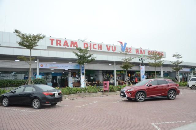 Thủ tướng phê duyệt Đề án kiểm soát chất lượng dịch vụ vận tải và bảo đảm an toàn giao thông cho khách du lịch - Ảnh 2.