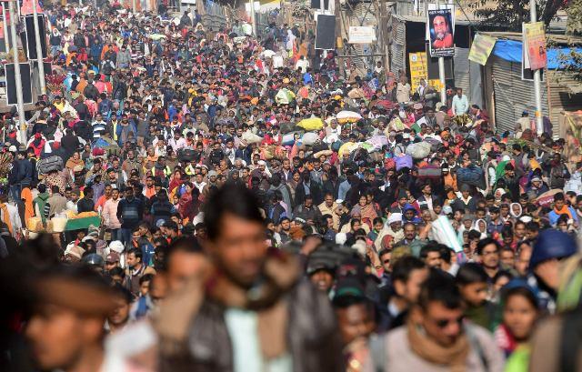 Độc đáo Lễ hội Kumbh Mela ở Ấn Độ 2019 - Ảnh 3.