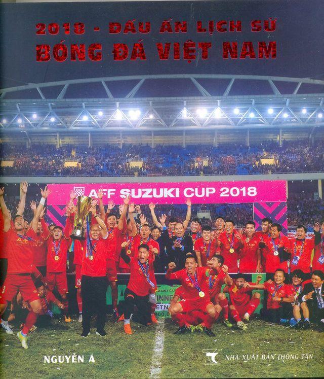 """Triển lãm ảnh """"Dấu ấn lịch sử Bóng đá Việt Nam"""" - Ảnh 1."""