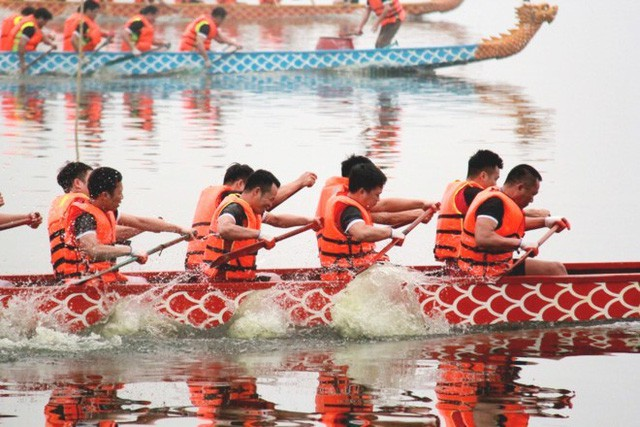 Lễ hội Bơi chải thuyền rồng Hà Nội 2019 sẽ có sự tham gia của các đội thi quốc tế - Ảnh 1.