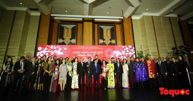 Bộ trưởng Nguyễn Ngọc Thiện tiếp các Đại sứ nước ngoài tại Việt Nam nhân dịp Tết Kỷ Hợi 2019 - Ảnh 10.