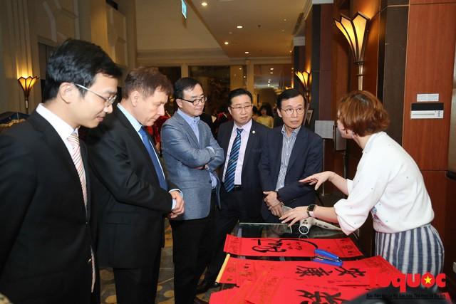Bộ trưởng Nguyễn Ngọc Thiện tiếp các Đại sứ nước ngoài tại Việt Nam nhân dịp Tết Kỷ Hợi 2019 - Ảnh 3.