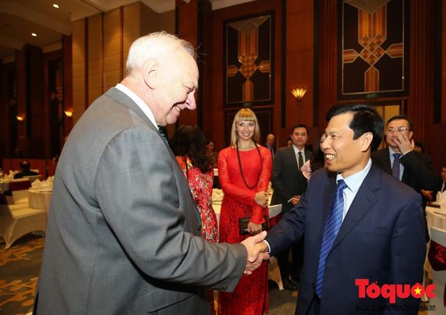 Bộ trưởng Nguyễn Ngọc Thiện tiếp các Đại sứ nước ngoài tại Việt Nam nhân dịp Tết Kỷ Hợi 2019 - Ảnh 6.