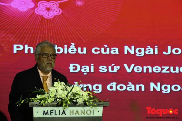 Bộ trưởng Nguyễn Ngọc Thiện tiếp các Đại sứ nước ngoài tại Việt Nam nhân dịp Tết Kỷ Hợi 2019 - Ảnh 8.