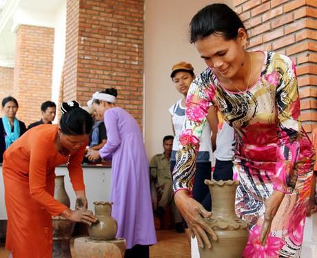 Khám phá văn hóa Ninh Thuận tại Hà Nội - Ảnh 1.