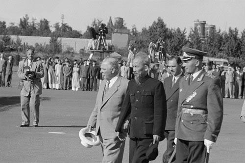 Tổ chức Hội thảo quốc tế Di sản Hồ Chí Minh với ngoại giao văn hóa Việt Nam trong giai đoạn mới  - Ảnh 1.