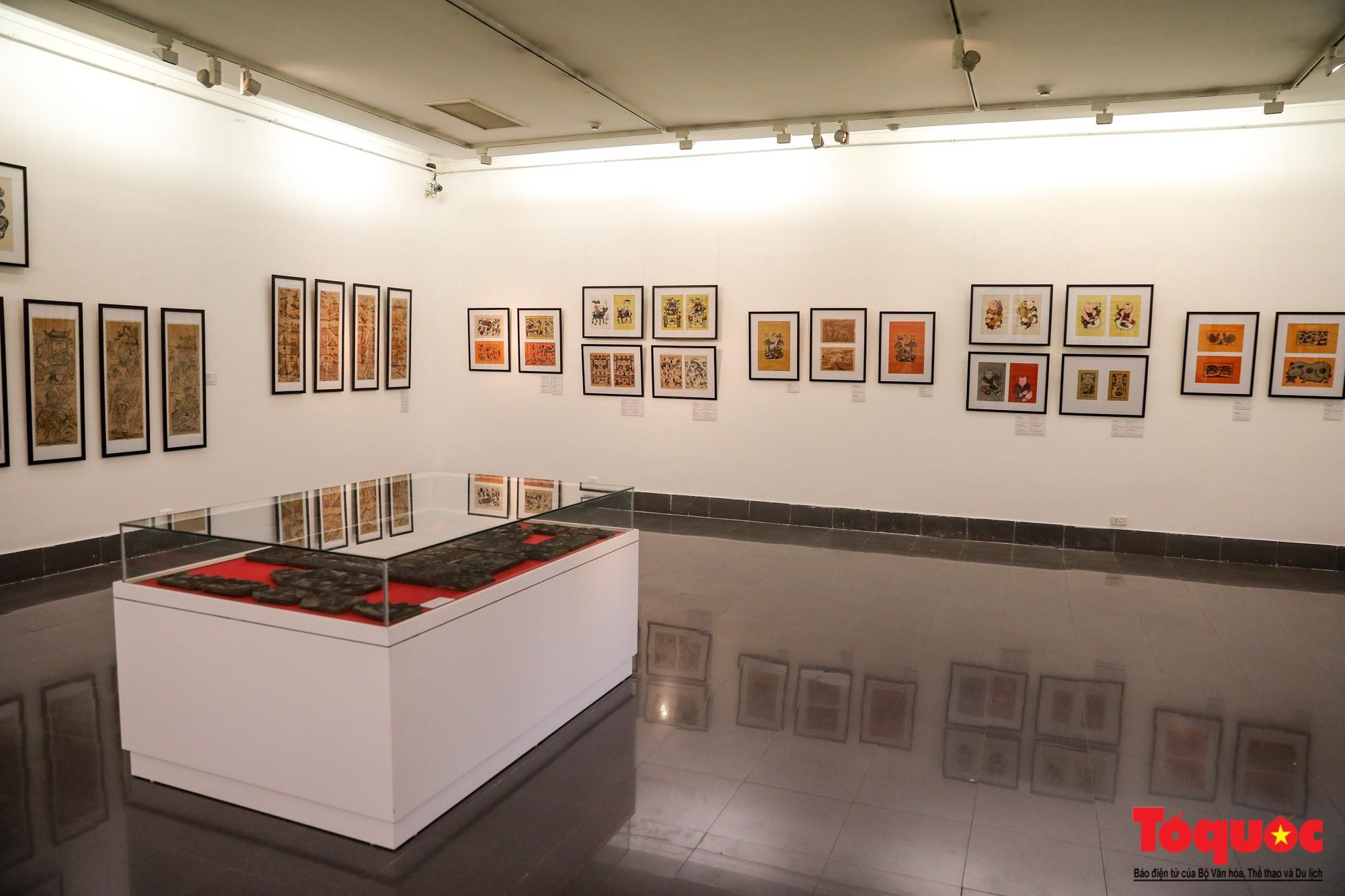 """Khai mạc triển lãm """"Tranh dân gian Đông hồ xưa và nay"""": Trưng bày hơn 100 hiện vật của tranh dân gian Đông Hồ - Ảnh 3."""