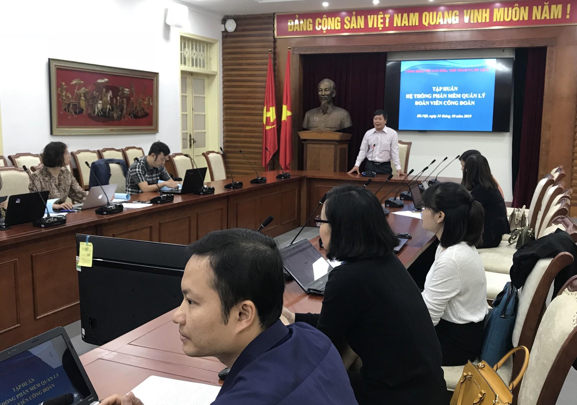 100 đại biểu Bộ VHTTDL dự tập huấn sử dụng phần mềm quản lý công đoàn viên - Ảnh 1.