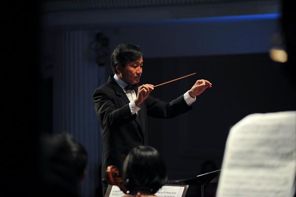 Hòa nhạc mùa thu với sự tham gia của nghệ sĩ piano nổi tiếng đến từ Hàn Quốc  - Ảnh 1.