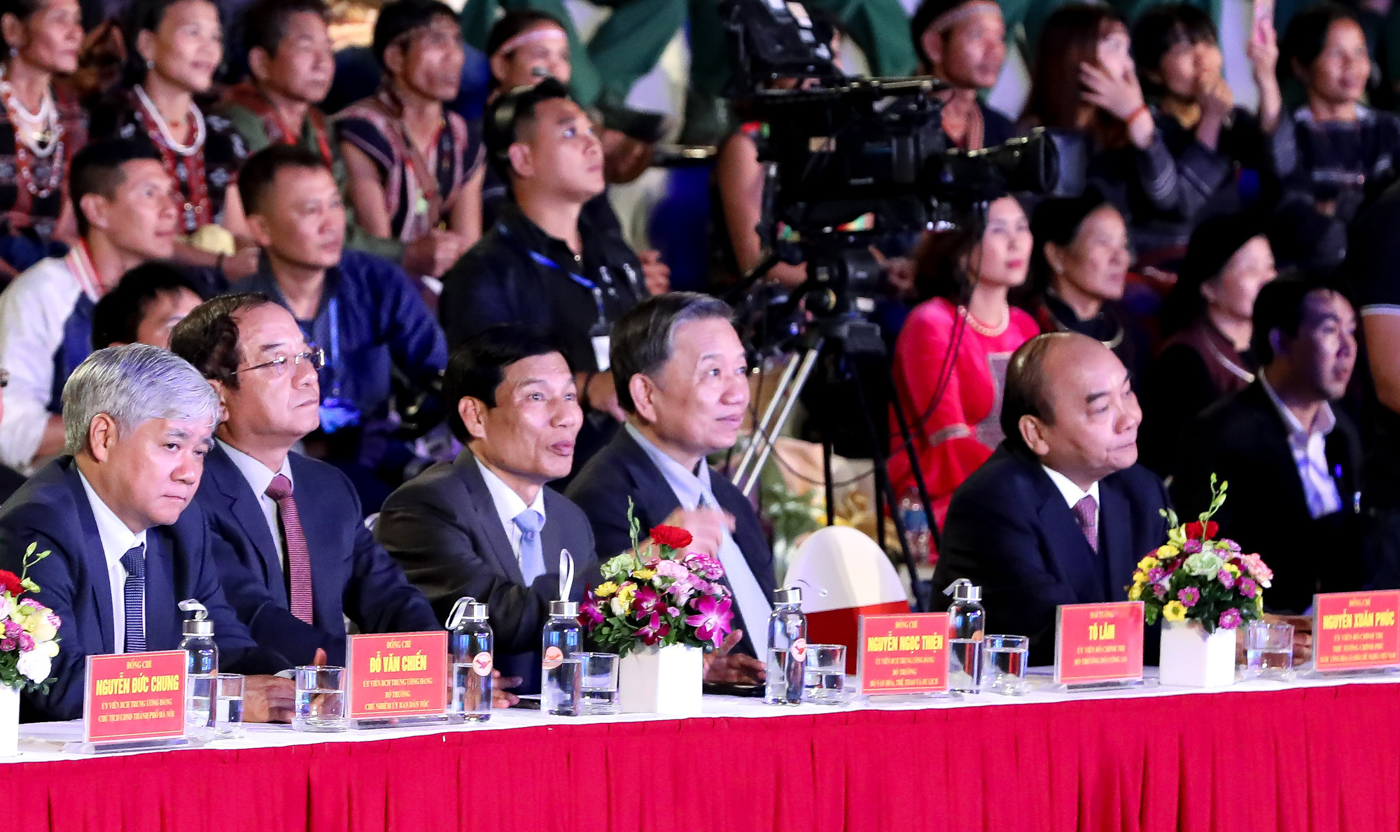 """Thủ tướng Nguyễn Xuân Phúc: """"Truyền thống đại đoàn kết, trên dưới một lòng đã làm nên sức mạnh vô bờ bến cho dân tộc Việt Nam""""  - Ảnh 2."""
