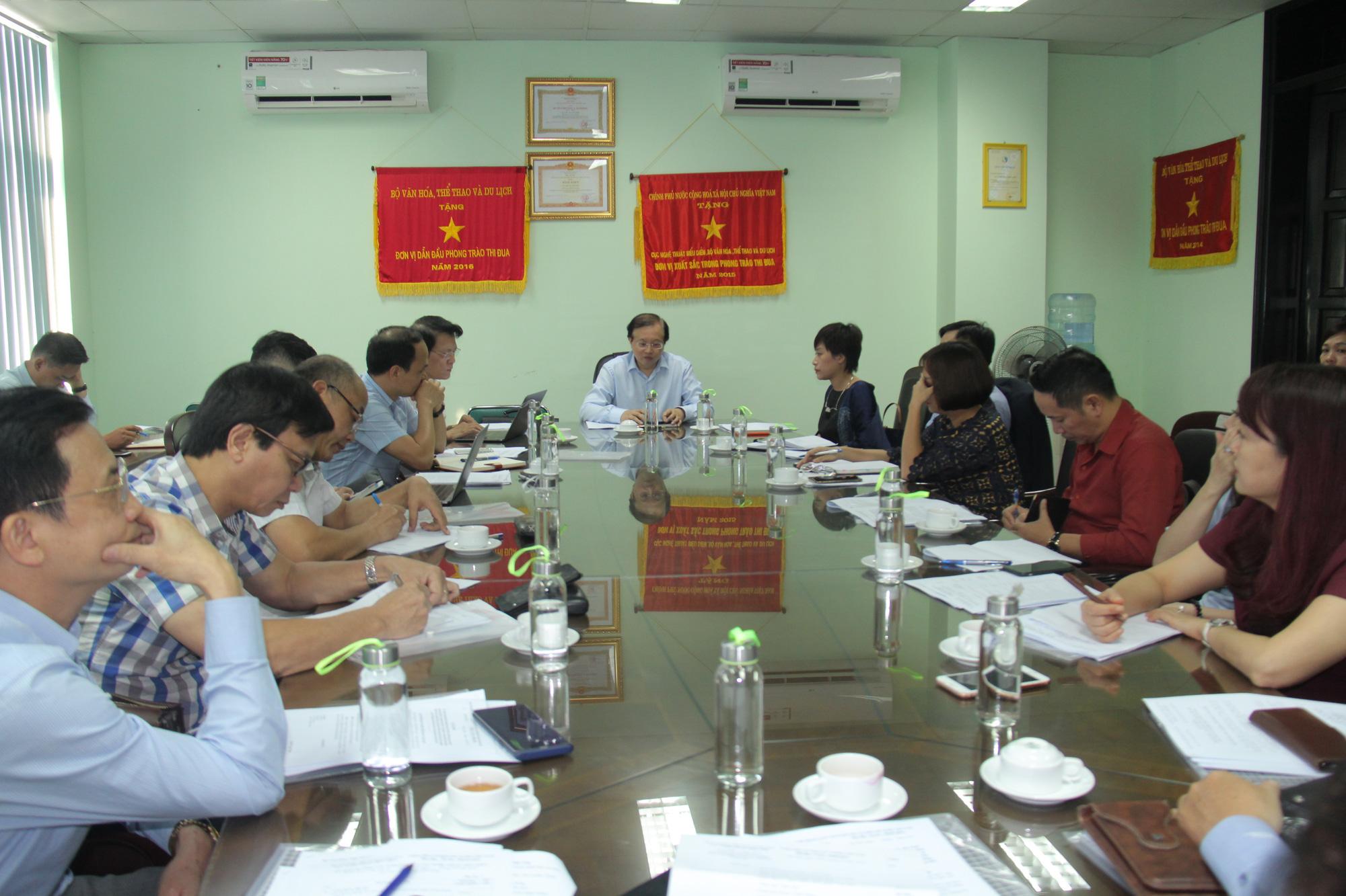 Thứ trưởng Tạ Quang Đông: Các nhà hát cần liên kết cùng nhau để tạo nên các chương trình có tiếng vang - Ảnh 4.