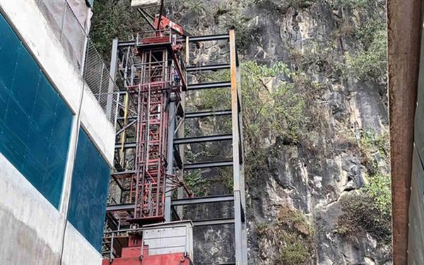 Bộ VHTTDL nêu ý kiến về Dự án Khu du lịch sinh thái văn hóa tâm linh Lũng Cú và Thang máy ngắm cảnh ở Đồng Văn, Hà Giang - Ảnh 3.