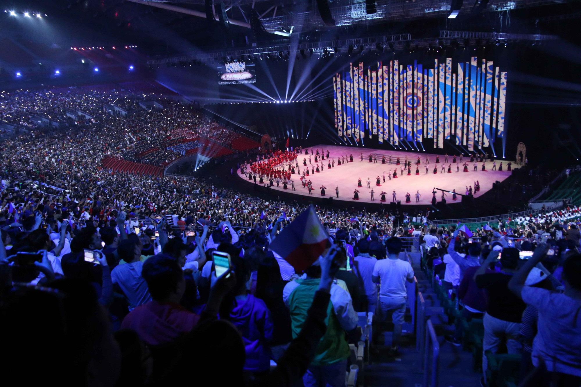Khai màn SEA Games 30: Đoàn Thể thao Việt Nam hướng tới mục tiêu cao nhất - Ảnh 1.