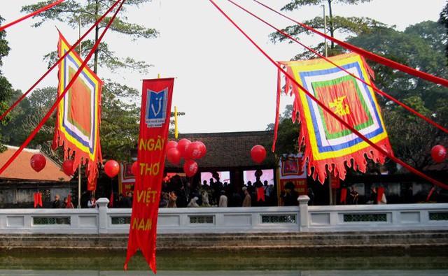 Ngày thơ Việt Nam 2019: Nhiều hoạt động tôn vinh, quảng bá văn học tại 3 tỉnh, thành - Ảnh 1.