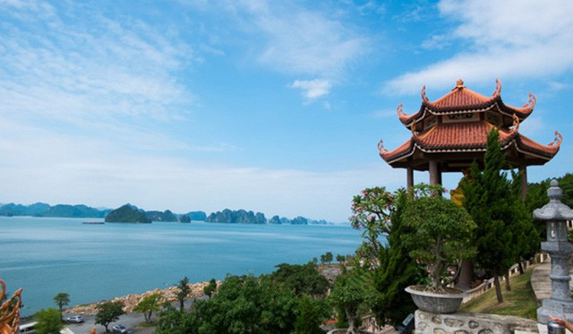 Đầu xuân về chiêm bái ngôi chùa  được xây dựng nơi cửa ải vùng Đông Bắc của Tổ quốc - Ảnh 1.