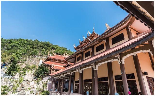 Đầu xuân về chiêm bái ngôi chùa  được xây dựng nơi cửa ải vùng Đông Bắc của Tổ quốc - Ảnh 5.