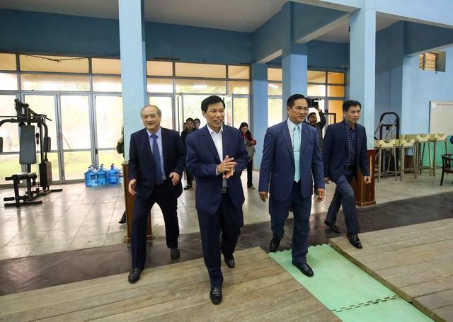 Hình ảnh Bộ trưởng Nguyễn Ngọc Thiện thăm và chúc Tết các VĐV, HLV  - Ảnh 1.