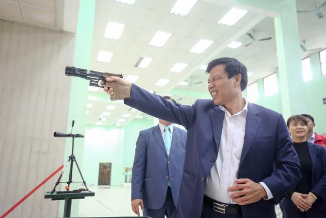 Hình ảnh Bộ trưởng Nguyễn Ngọc Thiện thăm và chúc Tết các VĐV, HLV  - Ảnh 8.