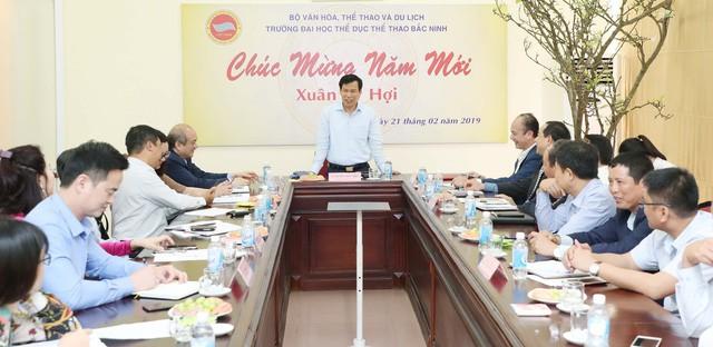 Bộ trưởng Nguyễn Ngọc Thiện thăm và làm việc với Trường Đại học Thể dục, Thể thao Bắc Ninh  - Ảnh 1.
