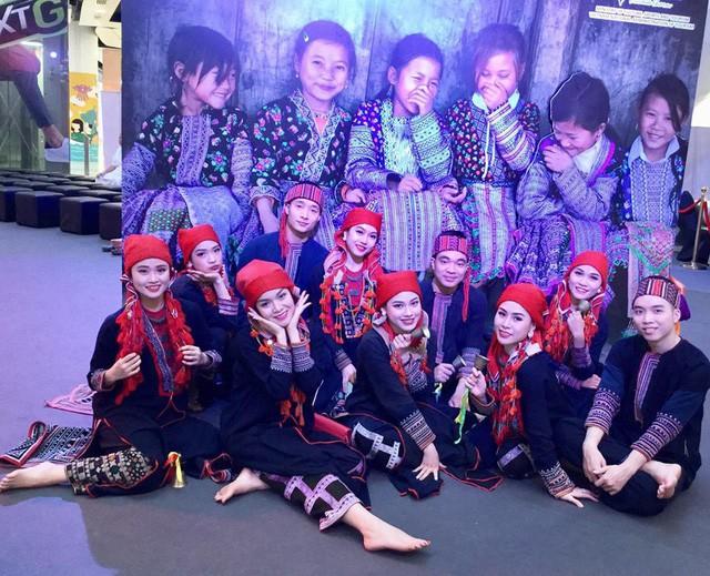Nghệ thuật Việt Nam được bạn bè quốc tế đánh giá cao tại Liên hoan các dân tộc Asean - Ảnh 6.