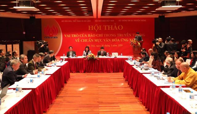 Hội thảo Vai trò của báo chí trong truyền thông về chuẩn mực văn hóa ứng xử  - Ảnh 4.