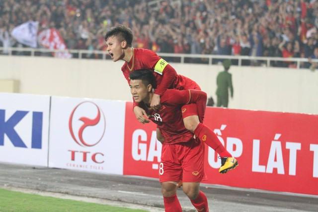 Fox Sports Asia: Mưa bàn thắng, Thái Lan vẫn không cản nổi Việt Nam chứng tỏ ngôi vương ASEAN - Ảnh 1.