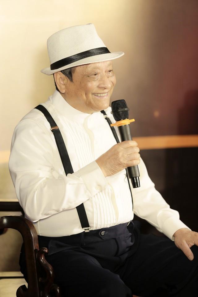 Đêm nhạc riêng đầu tiên của người Nghệ sĩ ở tuổi 85 - Ảnh 1.
