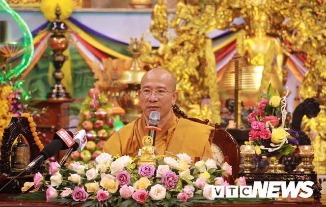 Đại đức Thích Trúc Thái Minh xin lỗi nhân dân, phật tử sau khi chùa Ba Vàng truyền bá vong báo oán - Ảnh 3.