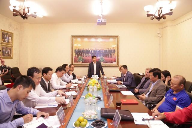 Bộ trưởng Nguyễn Ngọc Thiện: Bóng đá Việt Nam cần tập trung cho những trận đấu lớn để thay đổi cục diện, tình hình - Ảnh 1.