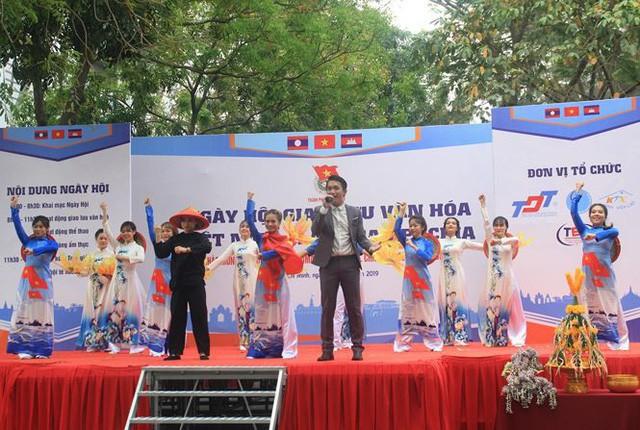 Ngày hội giao lưu văn hóa Việt Nam - Lào - Cam-pu-chia - Ảnh 1.