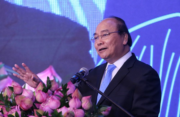 Thủ tướng Nguyễn Xuân Phúc nhấn mạnh đến 3 yếu tố để góp phần đưa du lịch trở thành ngành kinh tế mũi nhọn - Ảnh 2.