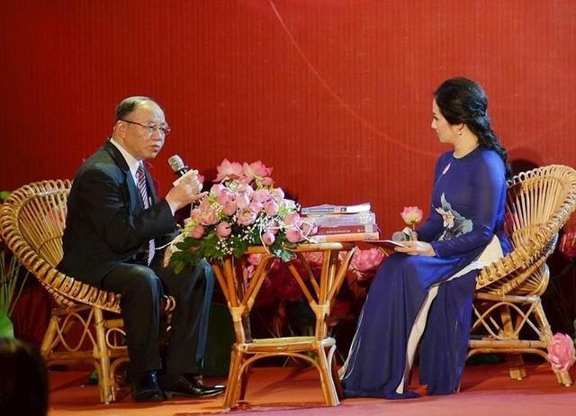 Di chúc của Chủ tịch Hồ Chí Minh - nguồn sáng dẫn đường - Ảnh 2.