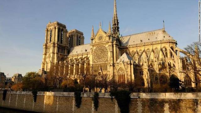 Nhà thờ đức bà Paris - Thánh đường của niềm tin và cái đẹp - Ảnh 1.