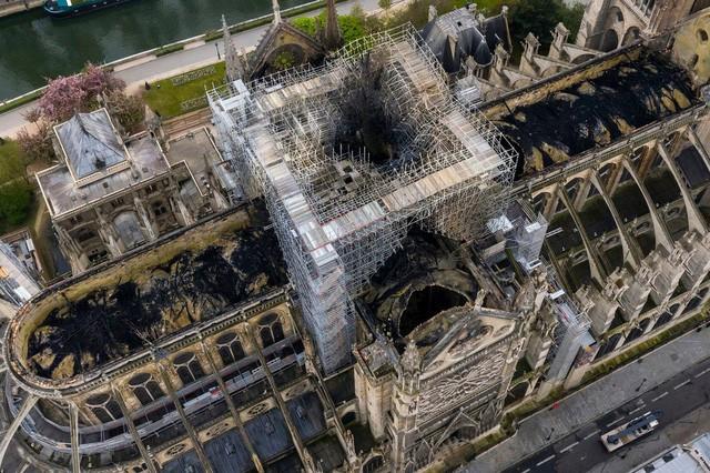 Pháp mở cuộc thi thiết kế phục dựng Nhà thờ Đức Bà Paris - Ảnh 1.