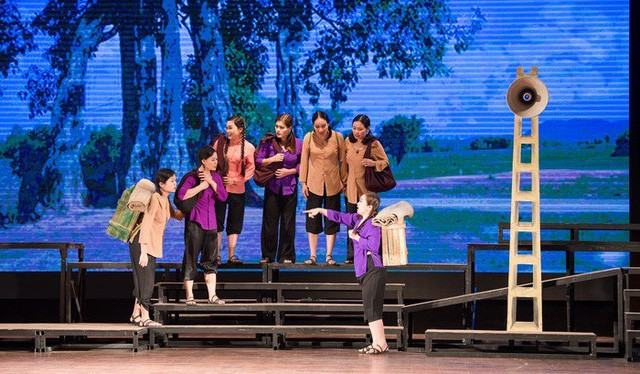 Hoa lửa Truông Bồn ra mắt công chúng thành phố Hồ Chí Minh - Ảnh 1.