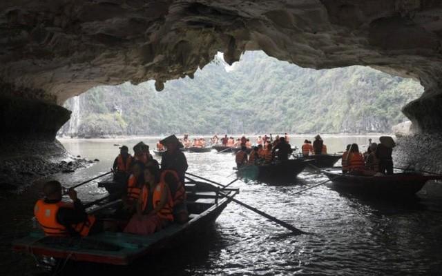 Vịnh Hạ Long nằm trong nhóm 25 kỳ quan thiên nhiên đẹp nhất thế giới - Ảnh 1.