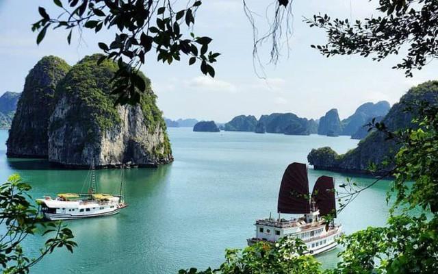 Vịnh Hạ Long nằm trong nhóm 25 kỳ quan thiên nhiên đẹp nhất thế giới - Ảnh 2.