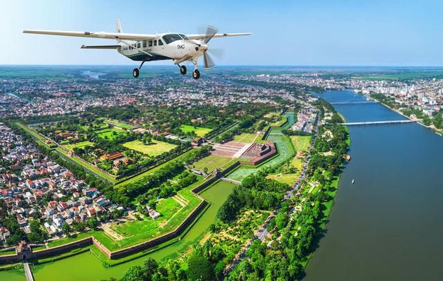 Thừa Thiên Huế khai trương tuyến bay ngắm cảnh Huế - Đà Nẵng - Ảnh 4.