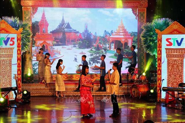 Khai mạc Liên hoan ca, múa, nhạc Khmer Nam bộ lần thứ nhất 2019 - Ảnh 1.