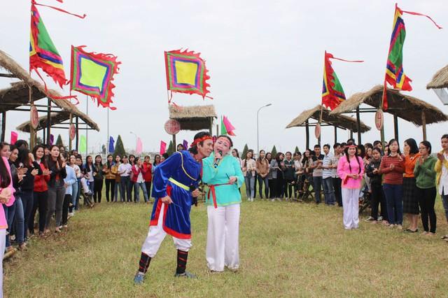 Đặc sắc Liên hoan Nghệ thuật Bài chòi tỉnh Phú Yên năm 2019 - Ảnh 1.