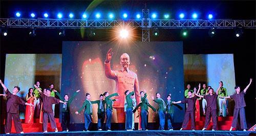 Bình Thuận chào tháng 4 với nhiều chương trình nghệ thuật đặc sắc - Ảnh 1.