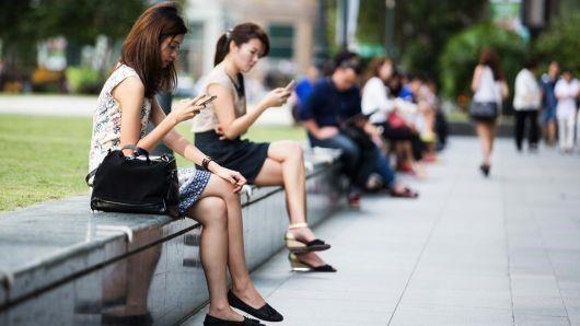Singapore sắp ra luật buộc các trang web phải đính chính tin sai lệch - Ảnh 1.